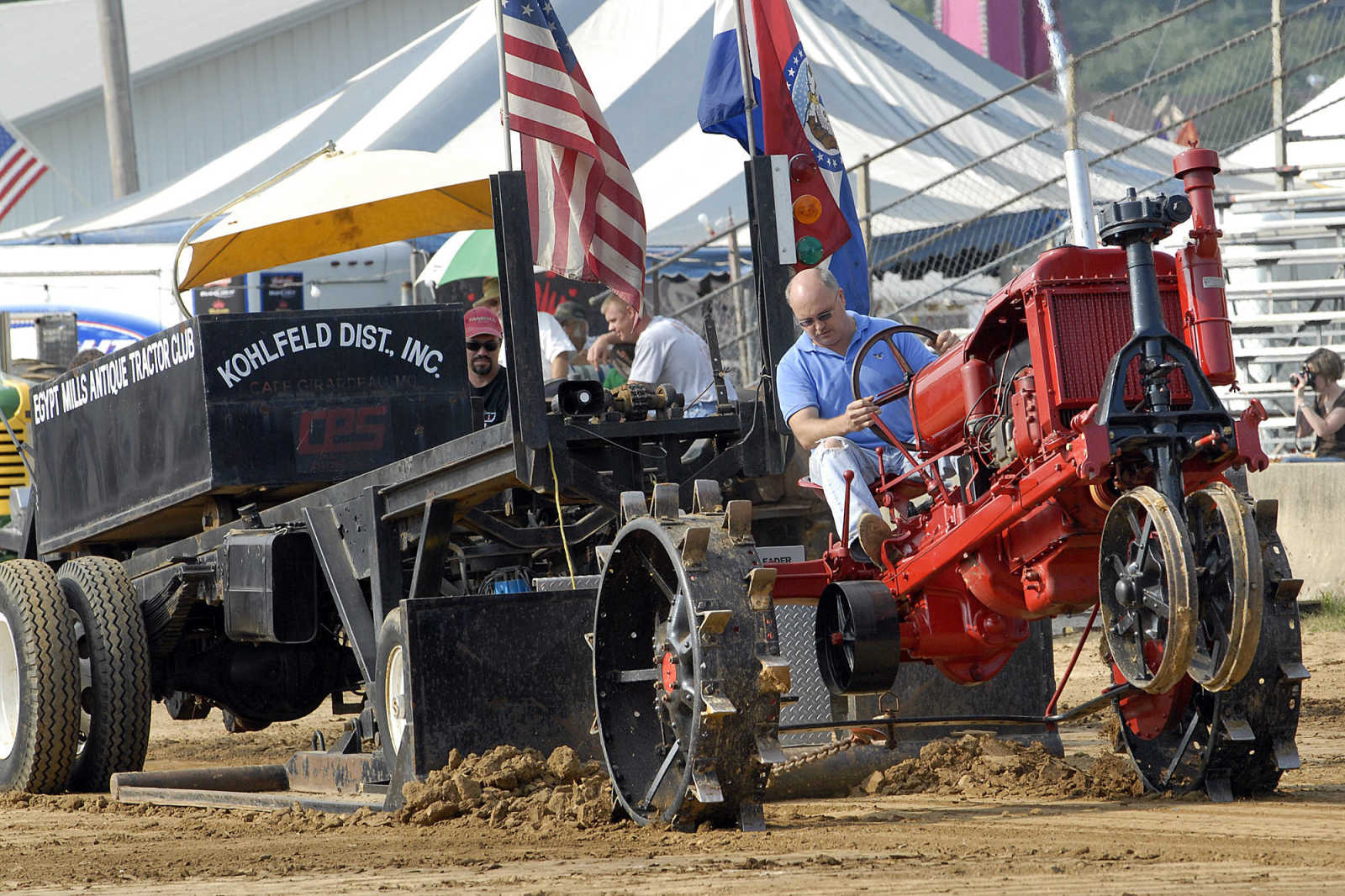 Photo Gallery Semo Fair Antique Tractor Pull 9 13 09