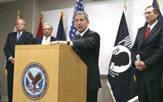 VA chief pledges end to whistle-blower retaliation