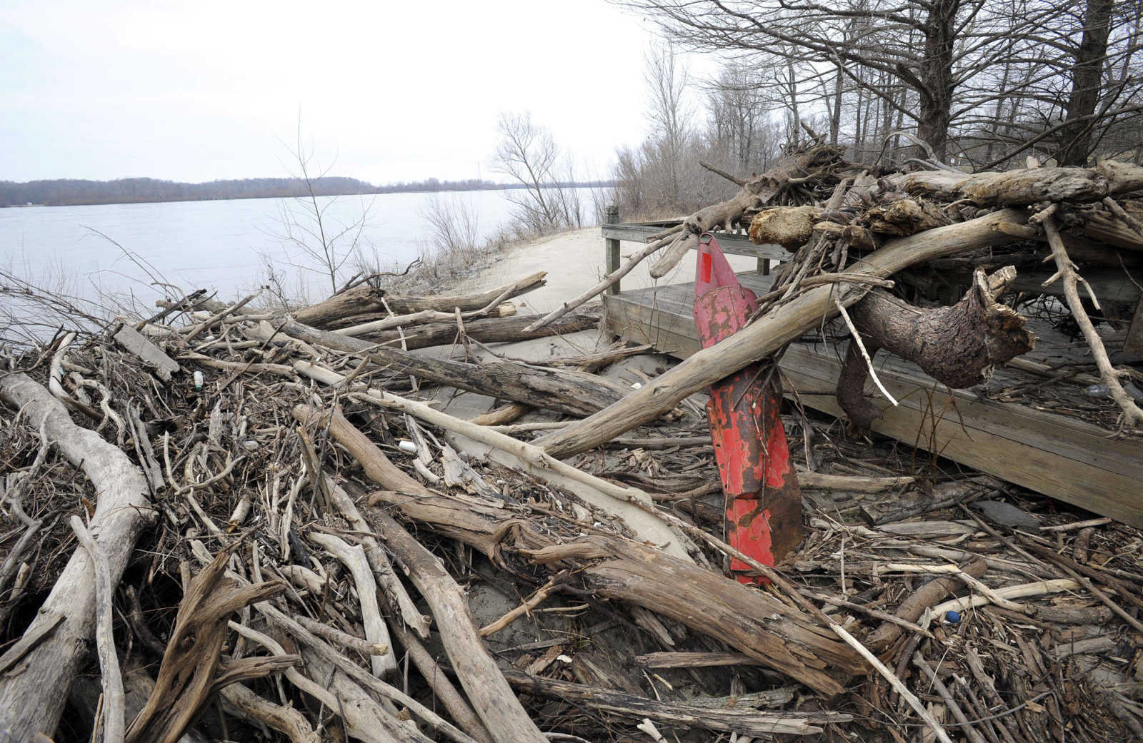Illinois alexander county thebes - Mississippi River Floodwaters Deposited Driftwood At The Boardwalk North Of Thebes Illinois As Seen Jan 16 2016 Fred Lynch