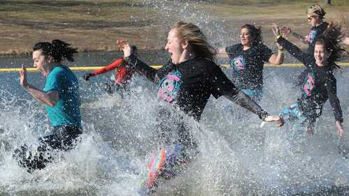 Plungers head into water to raise money for Special Olympics