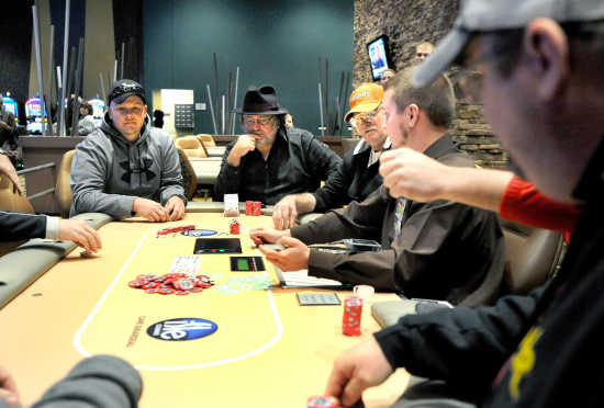 Photo gallery: Isle Casino Cape Girardeau Opens (10/30/12