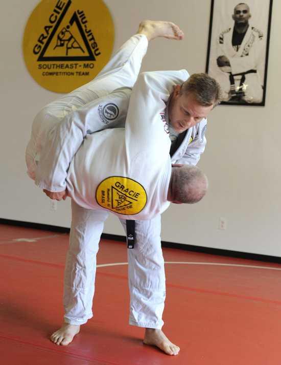 Local News: Jackson jiujitsu instructor earns coveted black belt (7