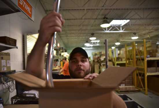 Business Business Notebook Crader Distributing Is Stihl Growing 10 24 16 Southeast Missourian Newspaper Cape Girardeau Mo