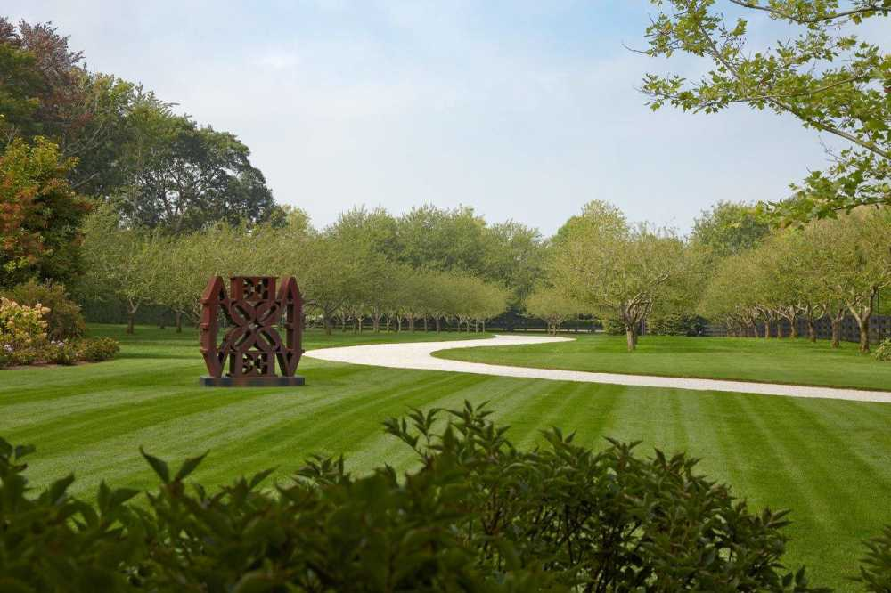 ... HOLLANDERdesign/Landscape Architects Shows A Sculpture By Artist Robert  Indiana And In A Residential Garden On The East End Of Long Island In New  York.