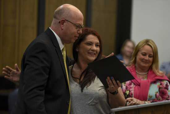 Local News Drug Court Strives To Help Offenders Avoid Jail Time Rebuild Lives And Relationships 5 7 18 Southeast Missourian Newspaper Cape Girardeau Mo