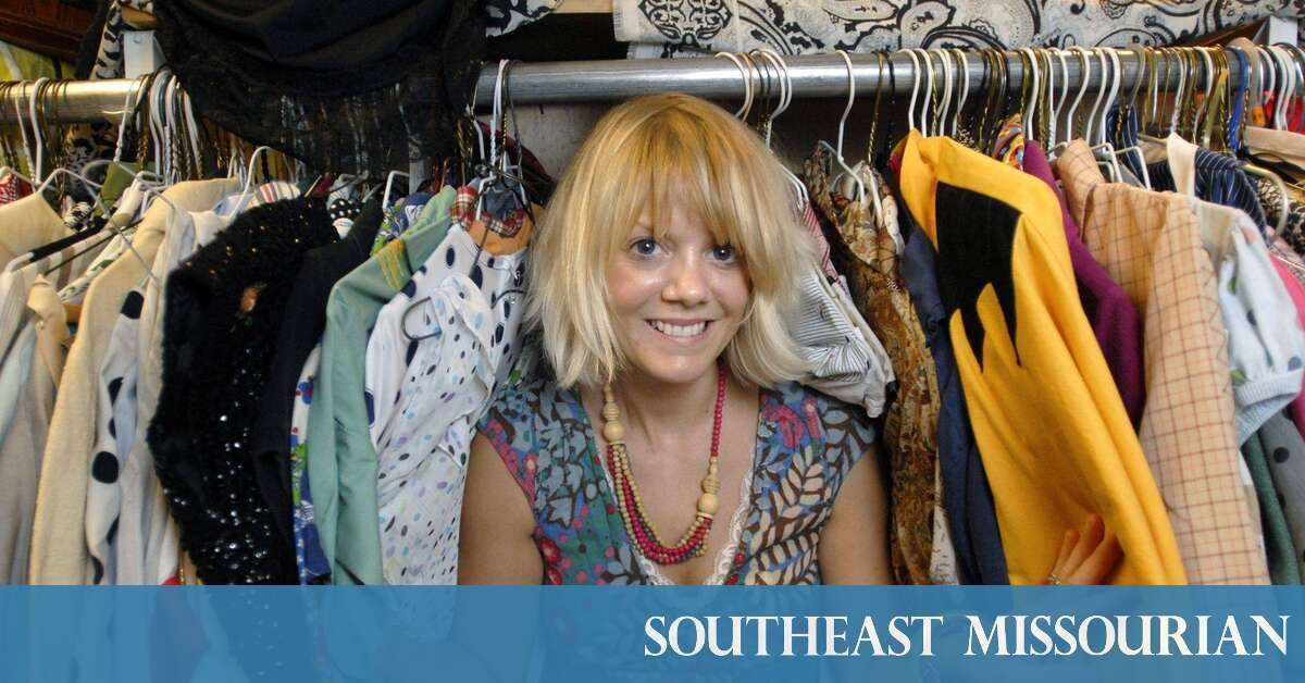 Business: Talking Shop with Laurie Everett, owner of Annie Laurie's  Antiques, 536 Broadway in Cape Girardeau (9/28/09) | Southeast Missourian  newspaper, ...
